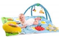 צעצועים לתינוק בן 3 חודשים