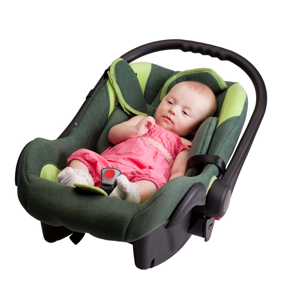 תינוק באוטו