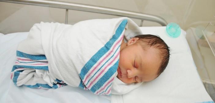 כמה ישקול התינוק שלכם בלידה? הנה הגורמים שישפיעו על כך